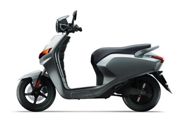 22 Motors Flow Latest Price Full Specs Colors Amp Mileage