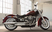 Harley Davidson Softail Deluxe Twisted Cherry