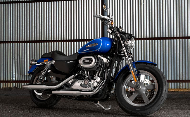 Harley Davidson Iron 883 Latest Price Full Specs Colors