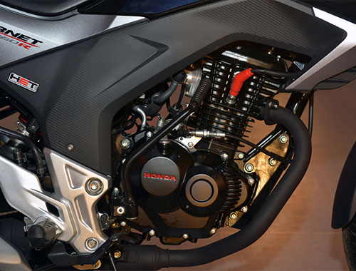 Honda CB Hornet Engine