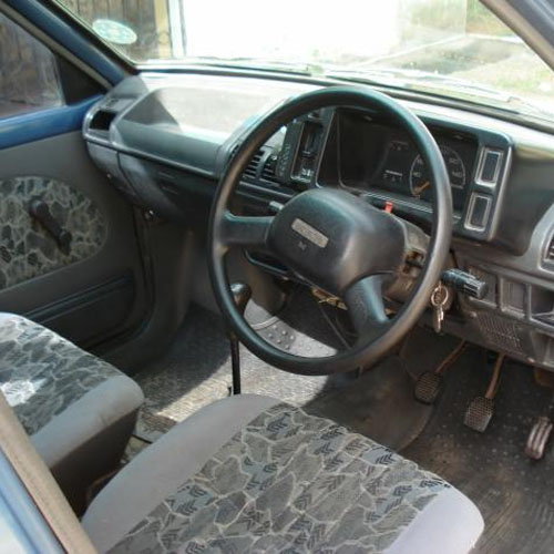 Image gallery maruti 800 interior for Interior decoration of maruti 800
