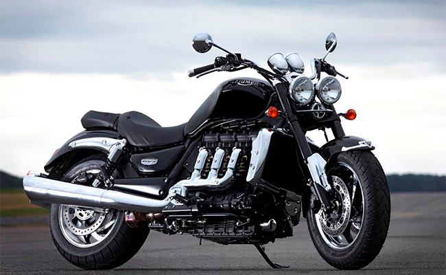 triumph rocket iii (cruiser) model: power, mileage, safety, colors