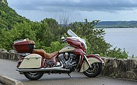 Indian Roadmaster Red Ivory Cream pictures