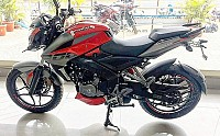 Bajaj Pulsar 200NS Red-Grey pictures