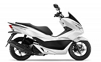 Honda PCX 125 Pearl Cool White pictures