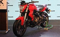 DSK Benelli TNT 300 ABS Rosso pictures
