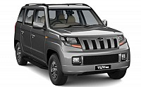 Mahindra TUV 300 T10 AMT Majestic Silver pictures