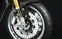 Norton Commando 961 Tyre pictures
