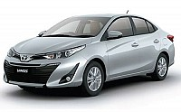 Toyota Yaris V CVT Silver Metallic pictures