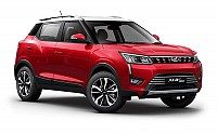 Mahindra XUV300 W8 Option Dual Tone pictures