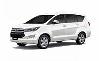 Toyota Innova Crysta 2.4 G Plus MT 8S pictures