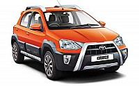 Toyota Etios Cross 1.5L V pictures