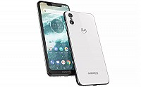Motorola One Front, Side and Back pictures