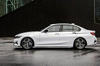 BMW 3 Series 2019 pictures
