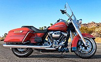 Harley Davidson Road King Custom Color
