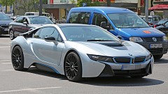 BMW i8 Facelift to be Revamped with More Power