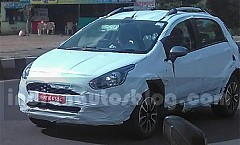 Fiat Avventura Urban Cross Spied Testing in India