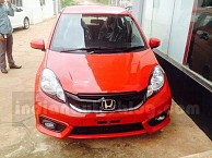 Facelifted Honda Brio Caught on Indian Dealership Prior to Launch