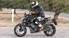 Next-Gen KTM Duke 790 Spotted Performing Tests in Europe