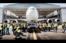 Porsche Cayenne Smashes Guinness World Record, Drags Heaviest Aircraft Airbus A380