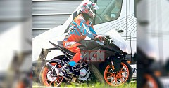 2019 KTM RC 390 Spied Testing with Duke 390 Updates