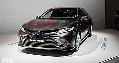 Toyota Camry Hybrid Year Beginning Launch; Priced at Rs 36.95 lakh