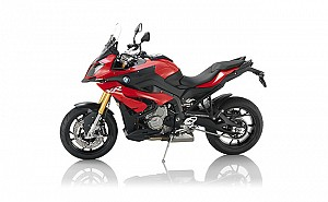 BMW S 1000 XR Racing Red