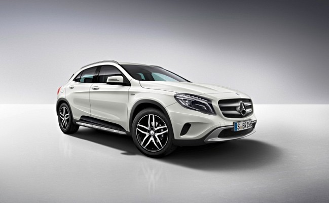 Mercedes benz gla 220 d 4matic 39 active edition 39 launched for Mercedes benz gla india