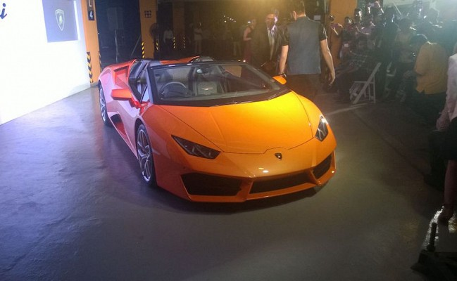 Lamborghini Launches Huracan RWD Spyder in India at INR 3.45 crore