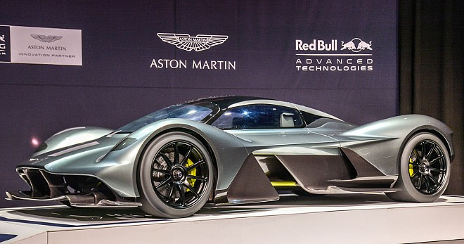 Aston-Red Bull Mid-Engined Hypercar