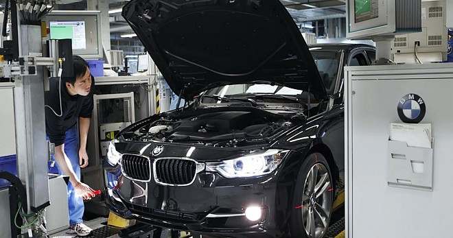 BMW X1 Service Package Rs 1 per km