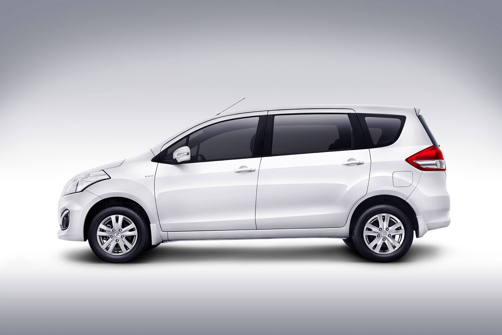 2015 Maruti Ertiga Facelift has been launched in India