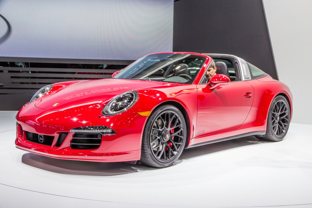 porsche targa 4 gts debuted at detroit auto show. Black Bedroom Furniture Sets. Home Design Ideas