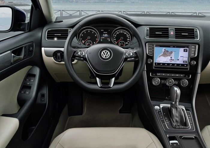 Upcoming Vw Jetta Facelift Spied Testing In India