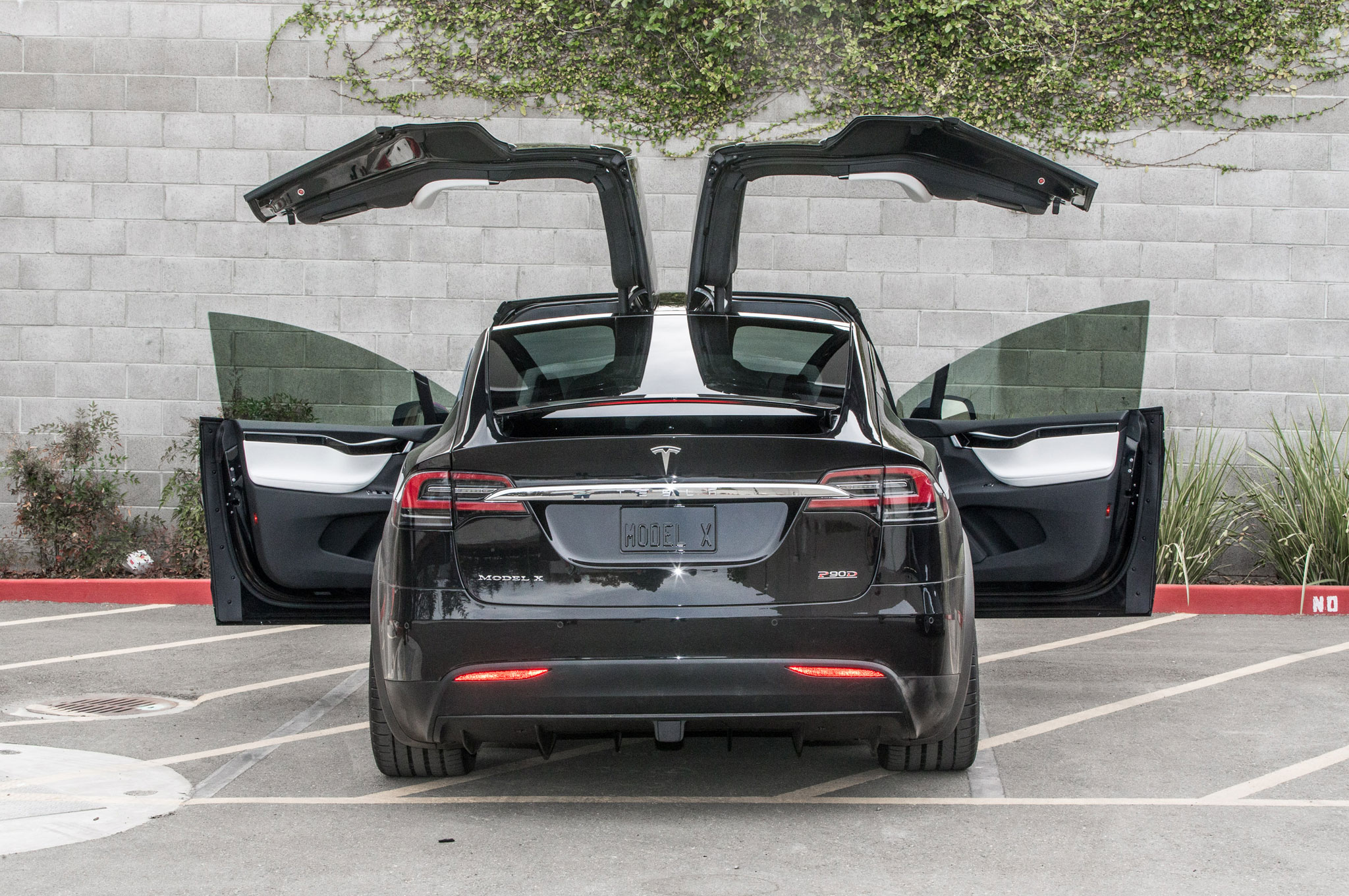 Tesla Model X Gets Upgraded With 75d Battery Pack