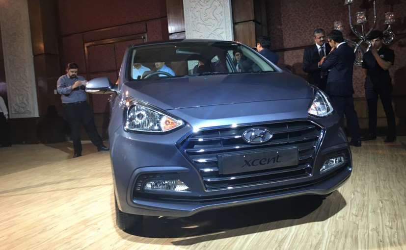2017 Hyundai Xcent facelift Launched in India front fascia
