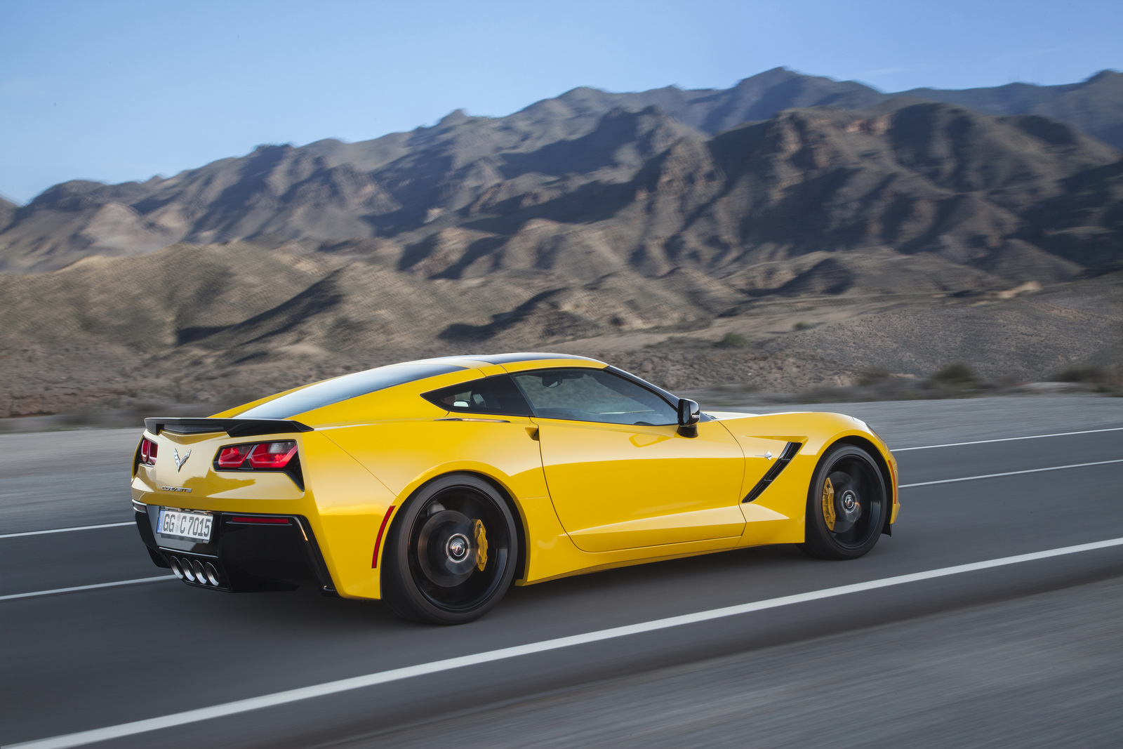 chevrolet corvette stingray to be launched in europe soon. Black Bedroom Furniture Sets. Home Design Ideas