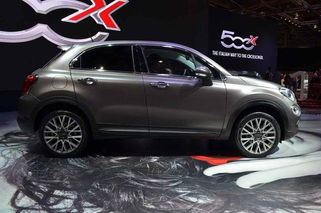 fiat 500x abarth unearthed at paris auto show. Black Bedroom Furniture Sets. Home Design Ideas