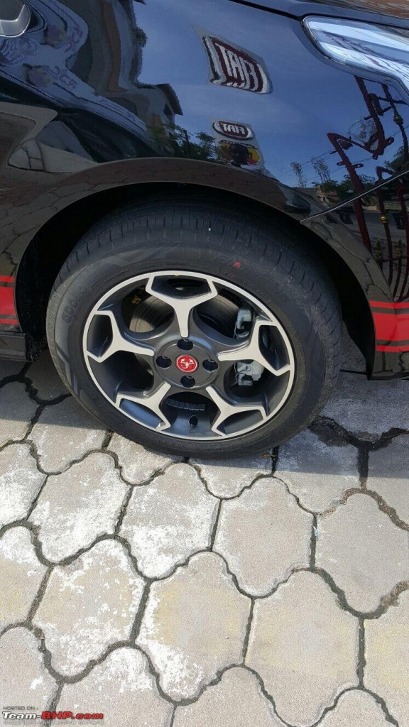 Fiat-Abarth-Punto-Wheel-Spied
