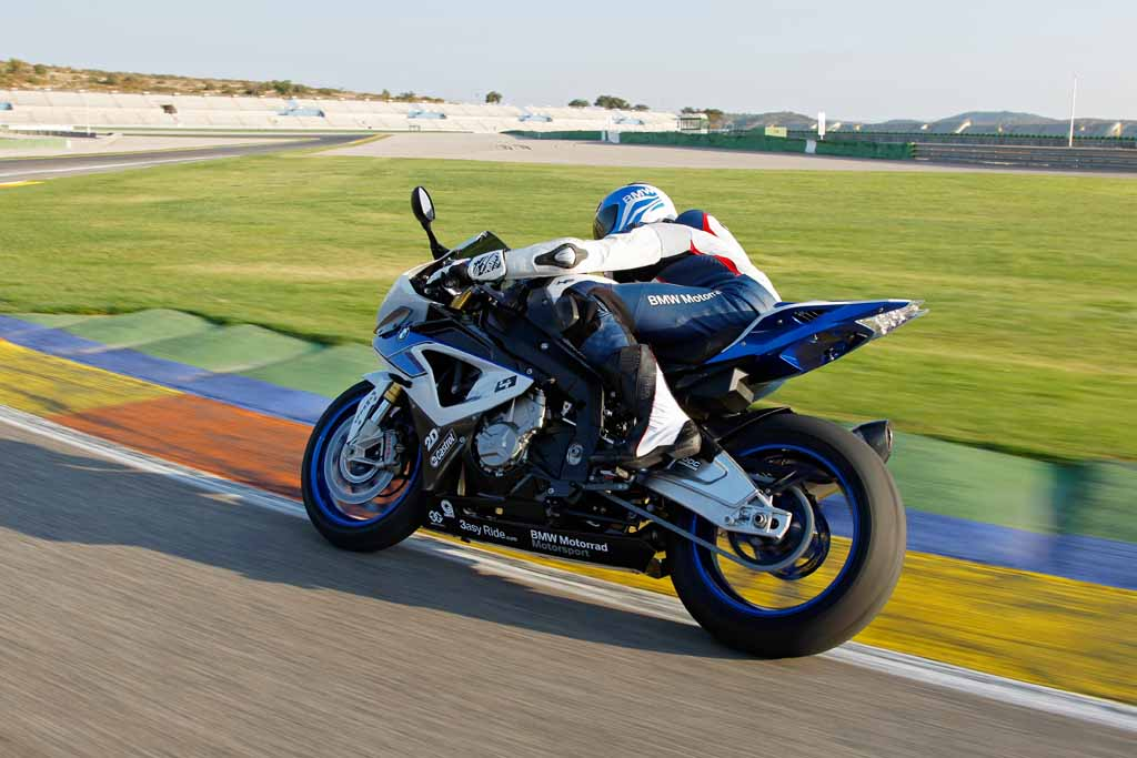 BMW HP4 Race from rear end