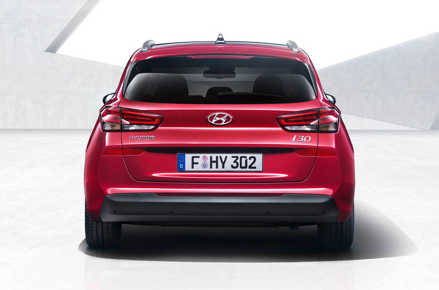 Hyundai i30 Estate version Unwrapped Prior to Geneva Motor Show 2017 Rear Profile