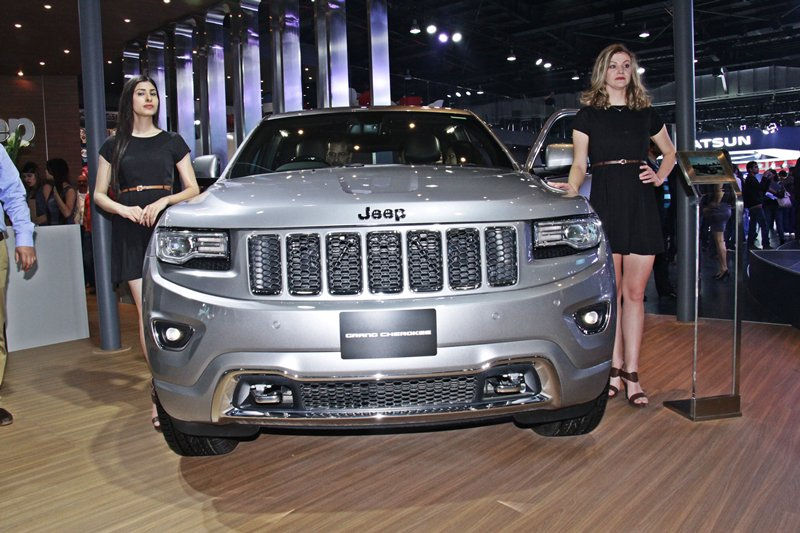 Jeep Grand Cherokee at Front