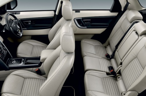 Next generation Land Rover Discovery interior