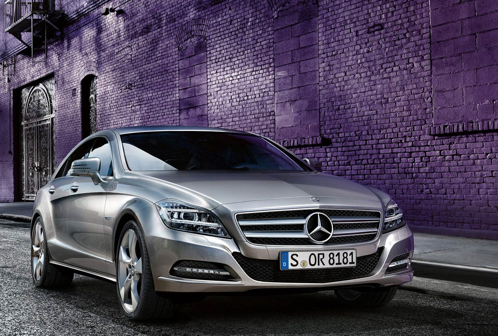 Mercedes benz cls 350 cdi price in india for Mercedes benz cls price