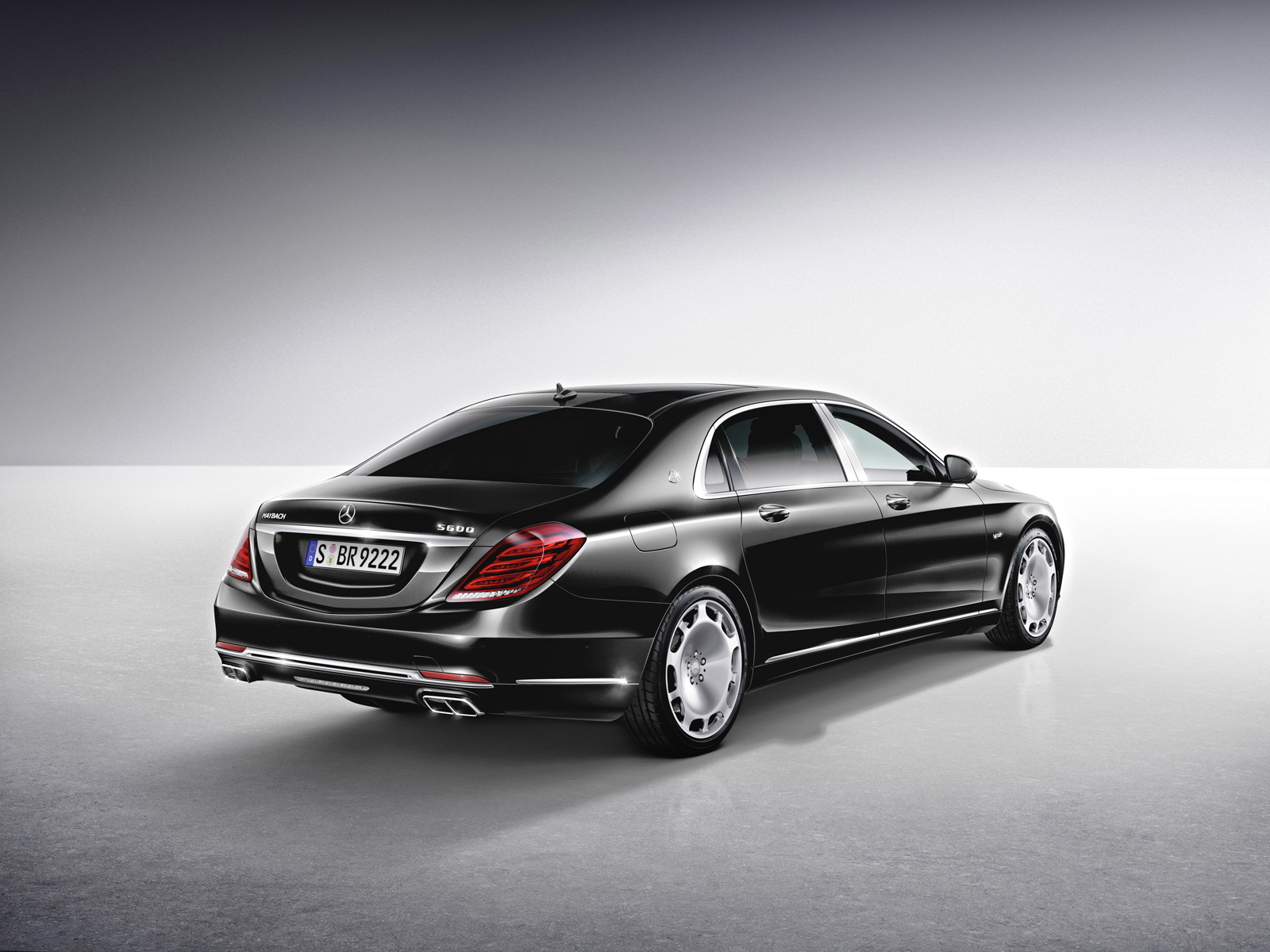 Mercedes maybach s550 4matic roll out with minor updates for 2017 maybach s 550 mercedes benz