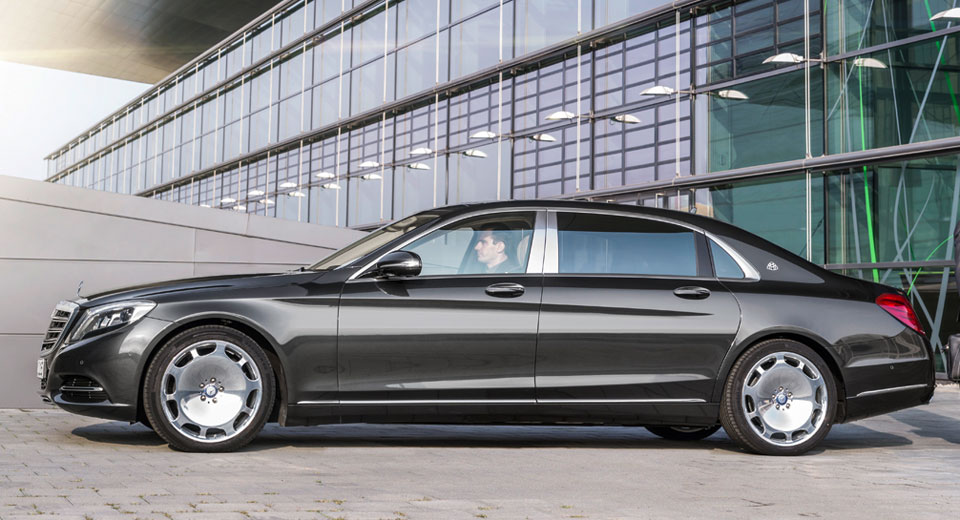 Mercedes maybach s550 4matic roll out with minor updates for Mercedes benz maybach 6 price