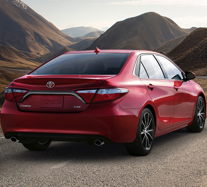 2015 Toyota Camry Goes On The Stage Of New York Auto Show 2014