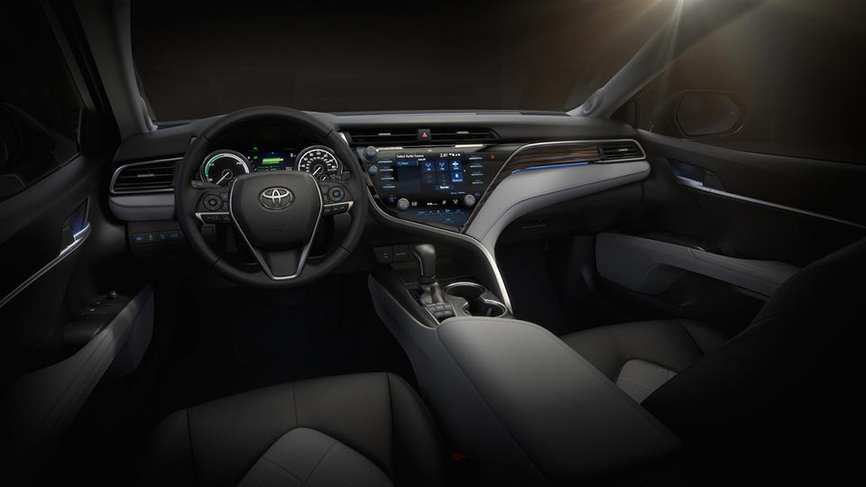 Next-gen 2018 Toyota Camry Interior Profile at NAIAS 2017