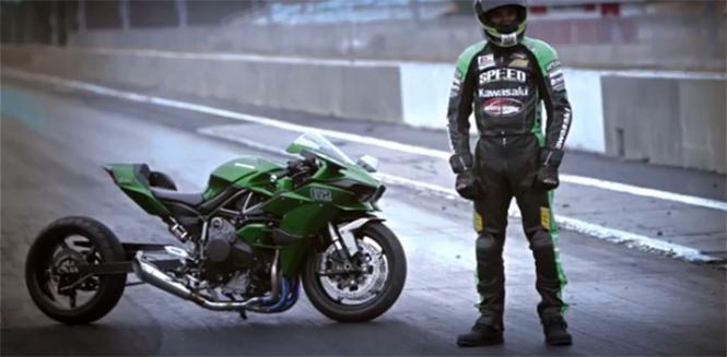 Kawasaki Ninja H2r Embodiment As Drag Bike