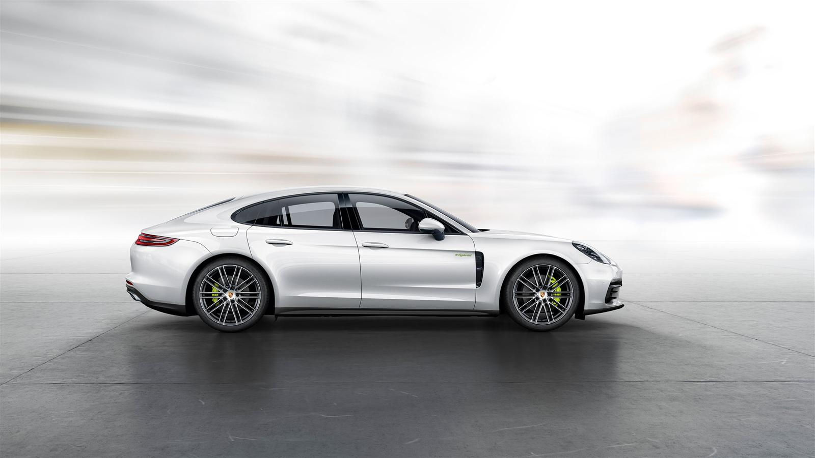 porsche revealed 2017 panamera 4 e hybrid prior to paris debut. Black Bedroom Furniture Sets. Home Design Ideas
